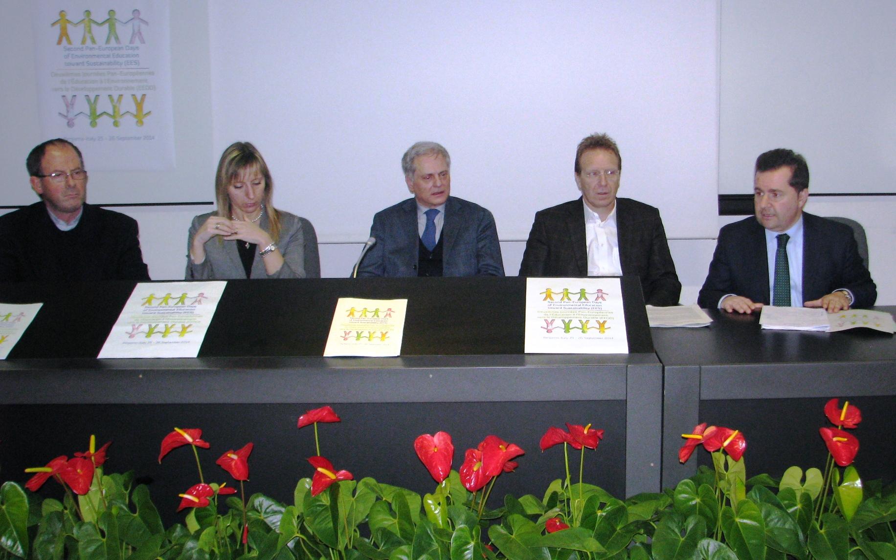 Conferenza stampa Giornate europee educazione ambientale  - 3 marzo 2014 - da sinistra Poli Terzi Salomone Piccinelli e Bandera 2