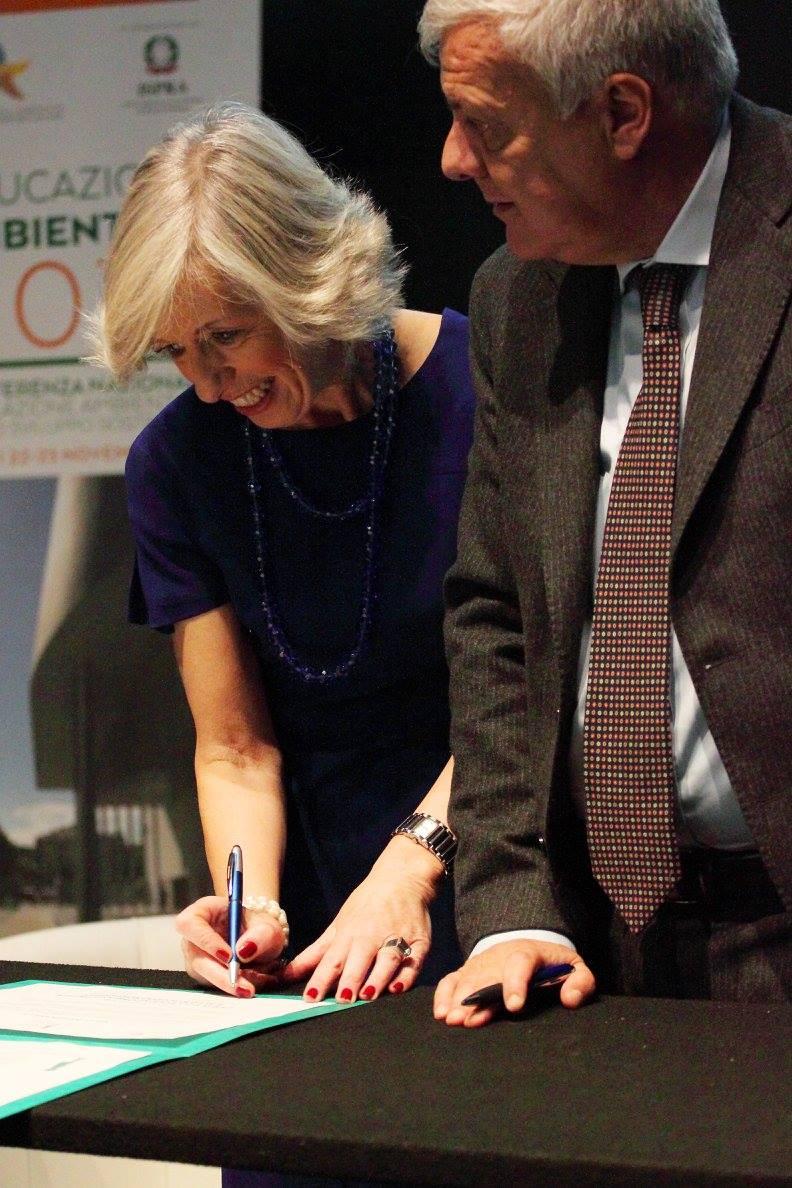 """La """"Carta"""" firmata dai ministri dell'Ambiente e dell'Istruzione"""
